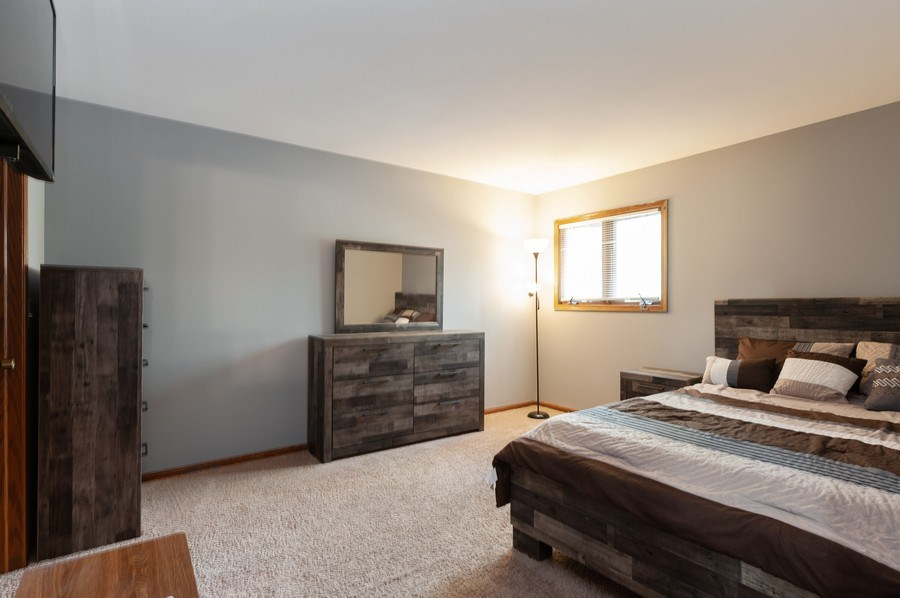 Real Estate Photography - 891 Catherine Ct, Grayslake, IL, 60030 - Bedroom