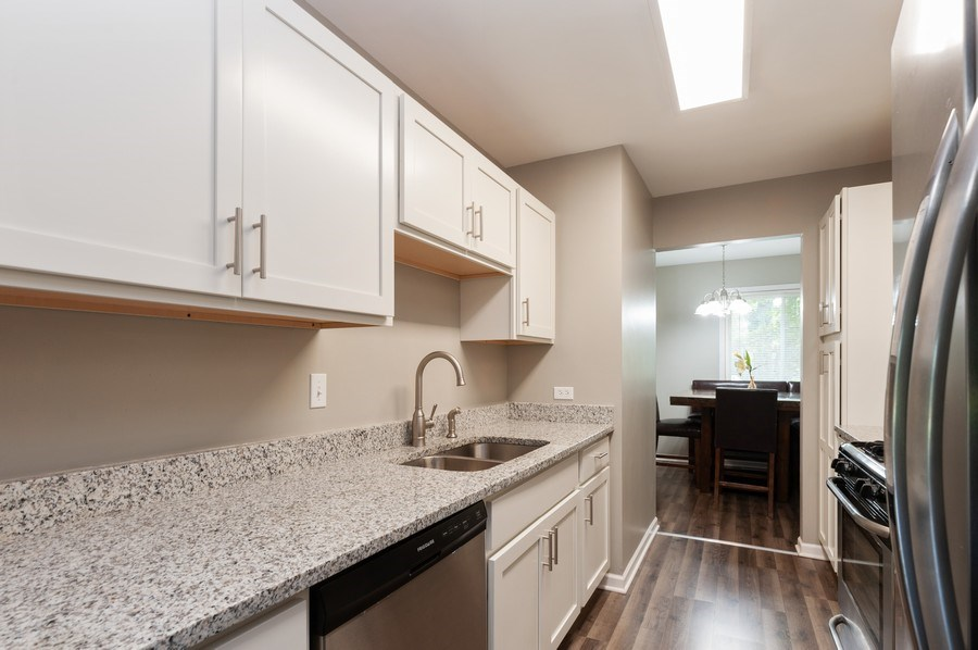 Real Estate Photography - 891 Catherine Ct, Grayslake, IL, 60030 - Kitchen