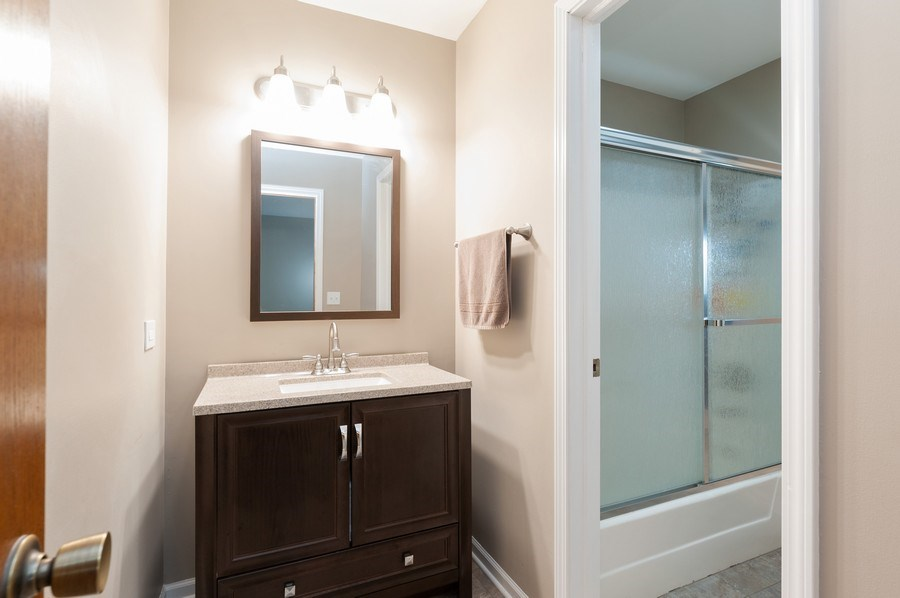 Real Estate Photography - 891 Catherine Ct, Grayslake, IL, 60030 - Bathroom