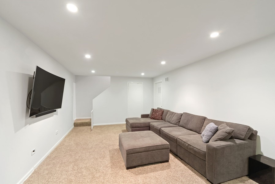 Real Estate Photography - 1649 N. Vine, Chicago, IL, 60614 - Family Room