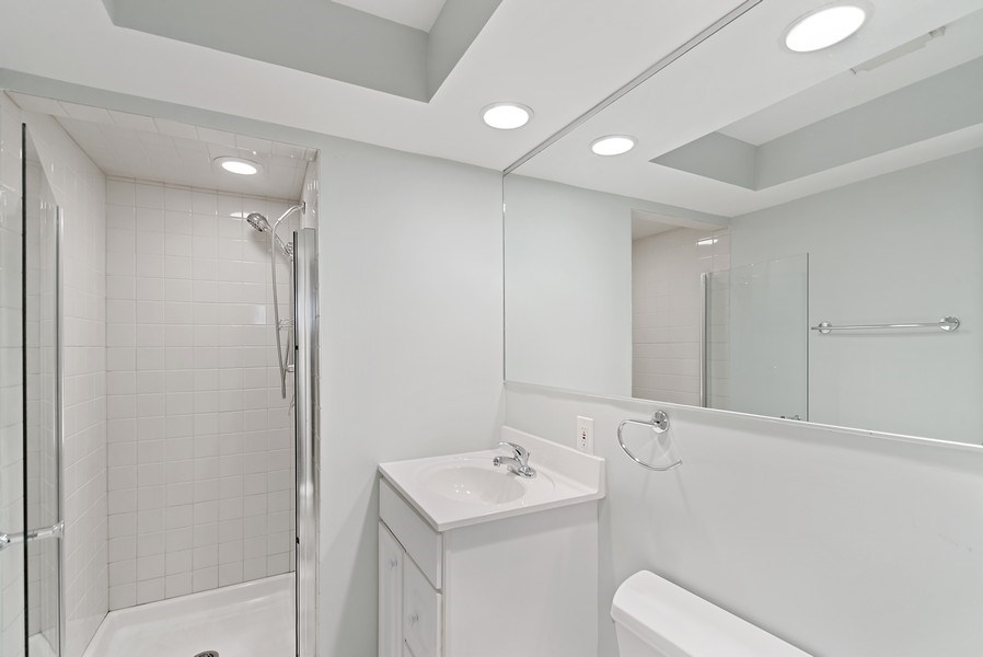 Real Estate Photography - 1649 N. Vine, Chicago, IL, 60614 - Second Bathroom