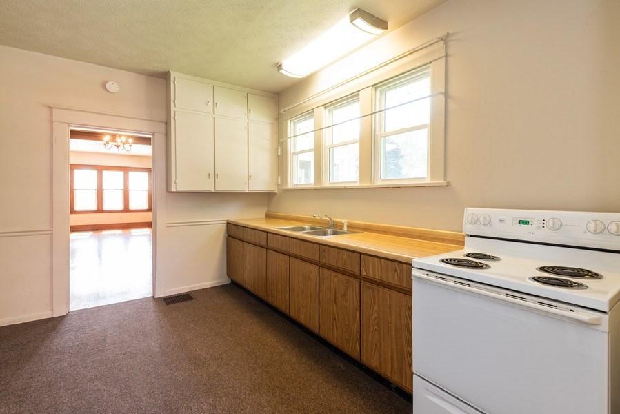 Real Estate Photography - 907 N Main Street, Watervliet, MI, 49098 - Kitchen