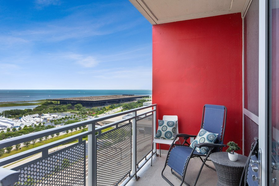 Real Estate Photography - 1841 S Calumet Ave, Unit 2004, Chicago, IL, 60616 - Balcony