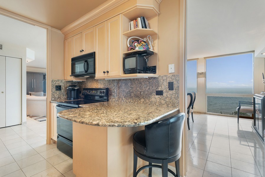Real Estate Photography - 1240 N Lake Shore Dr, Unit 7A, Chicago, IL, 60610 - Kitchen