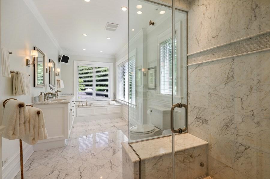 Real Estate Photography - 690 Elder, Winnetka, IL, 60091 - Master Bathroom