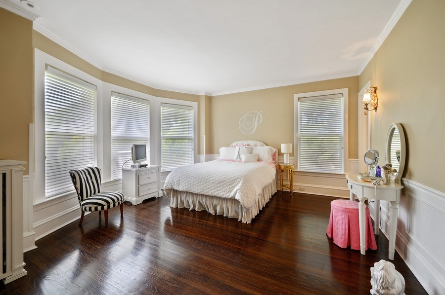 Real Estate Photography - 690 Elder, Winnetka, IL, 60091 - 2nd Bedroom