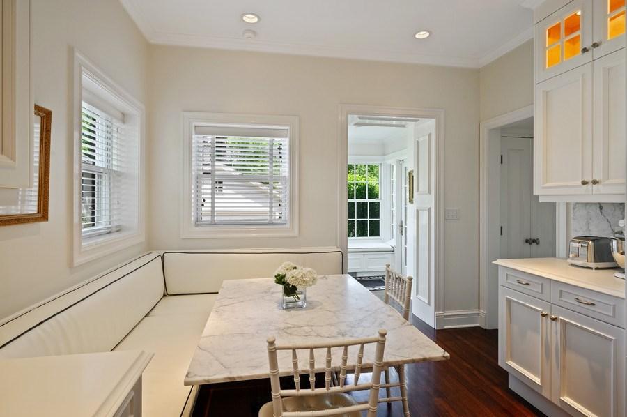 Real Estate Photography - 690 Elder, Winnetka, IL, 60091 - Breakfast Area