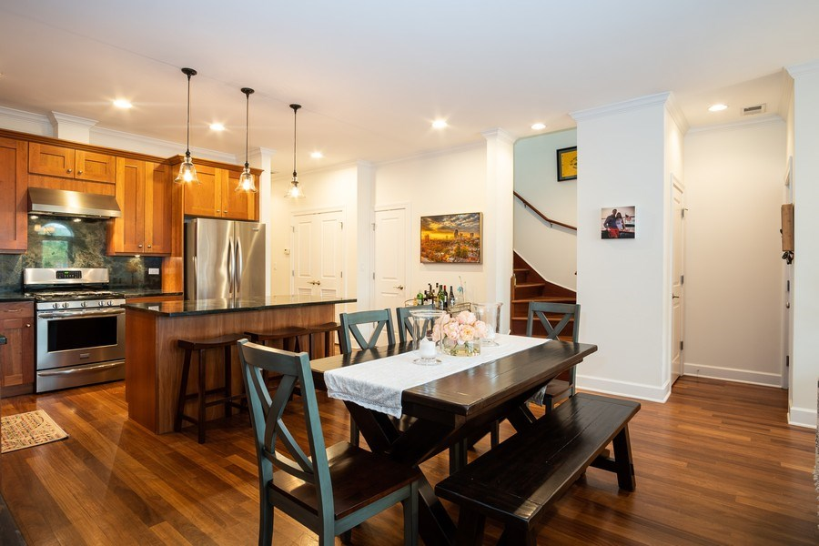 Real Estate Photography - 1025 W Monroe Street, #4E, Chicago, IL, 60607 - Kitchen/Dining