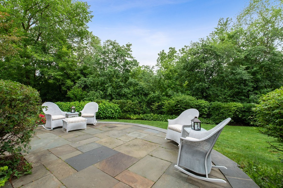 Real Estate Photography - 417 Pebblebrook Rd, Northbrook, IL, 60062 - Patio