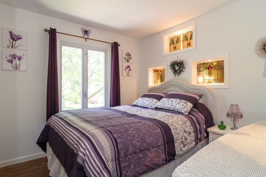 Real Estate Photography - 276 Hill Ave, Bartlett, IL, 60103 - Guest Bedroom