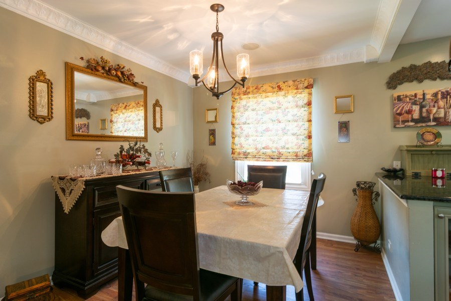 Real Estate Photography - 276 Hill Ave, Bartlett, IL, 60103 - Dining Room