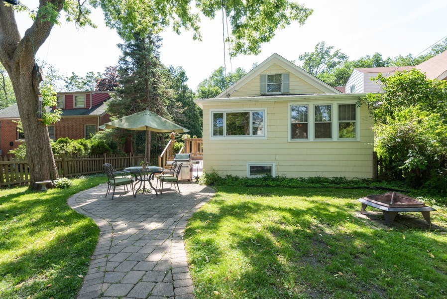 Real Estate Photography - 2323 Cowper Ave., Evanston, IL, 60201 - Back Yard