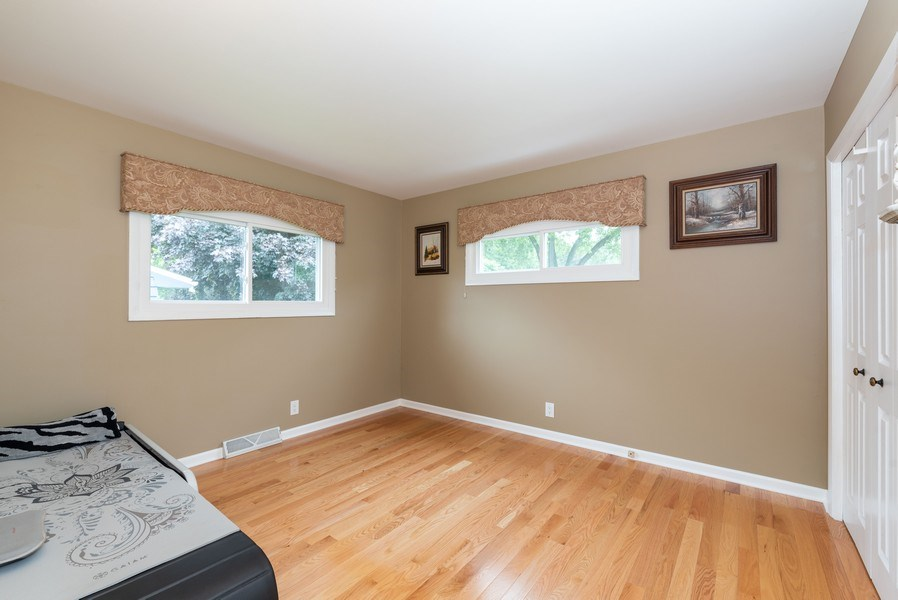 Real Estate Photography - 816 Sandra Ln., Fox River Grove, IL, 60021 - 2nd Bedroom