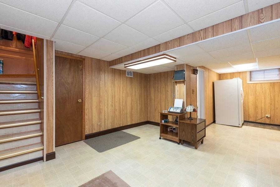 Real Estate Photography - 816 Sandra Ln., Fox River Grove, IL, 60021 - Lower Level