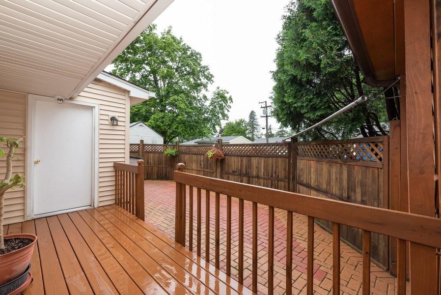 Real Estate Photography - 816 Sandra Ln., Fox River Grove, IL, 60021 - Deck