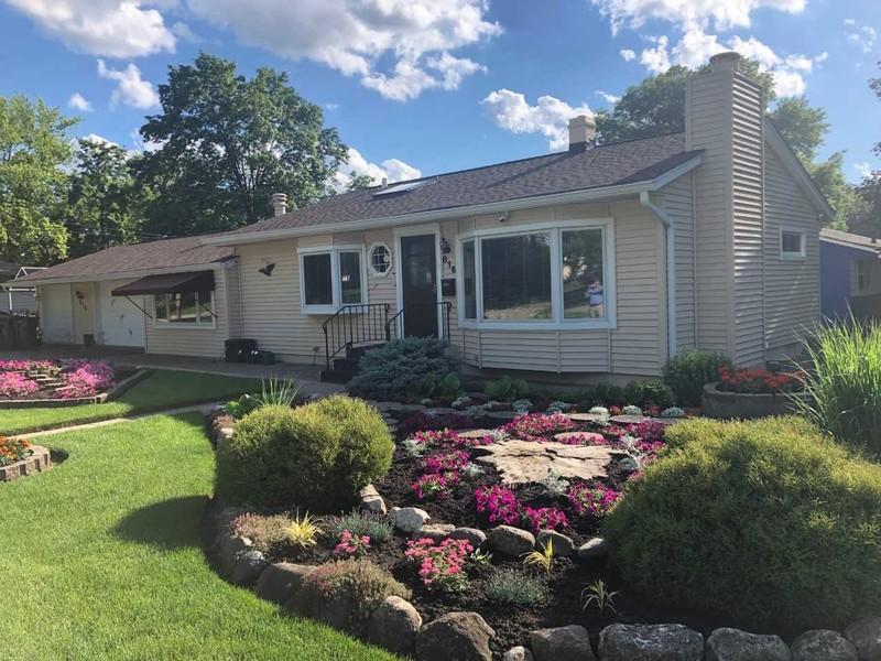 Real Estate Photography - 816 Sandra Ln., Fox River Grove, IL, 60021 -