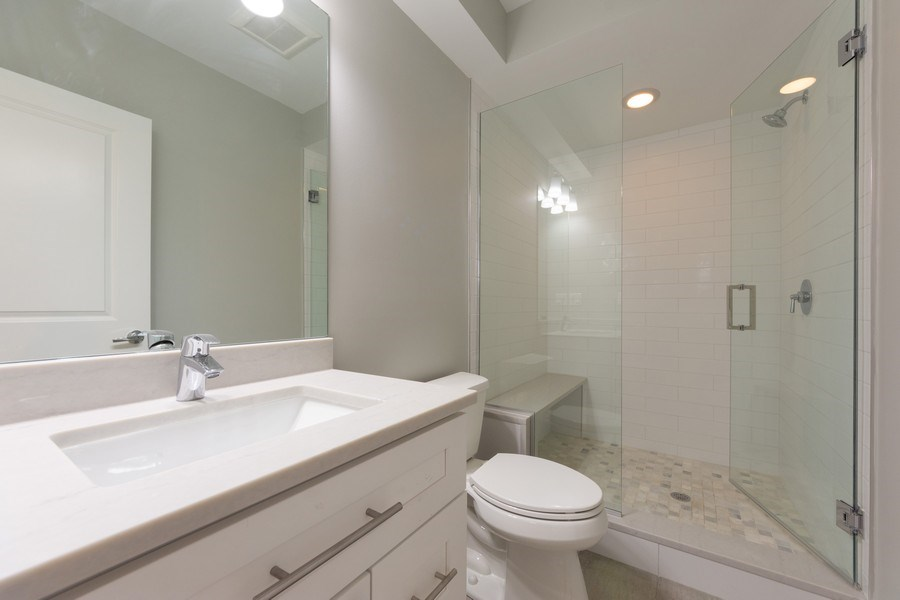 Real Estate Photography - 841, Maple, Palatine, IL, 60067 - 3rd Bathroom