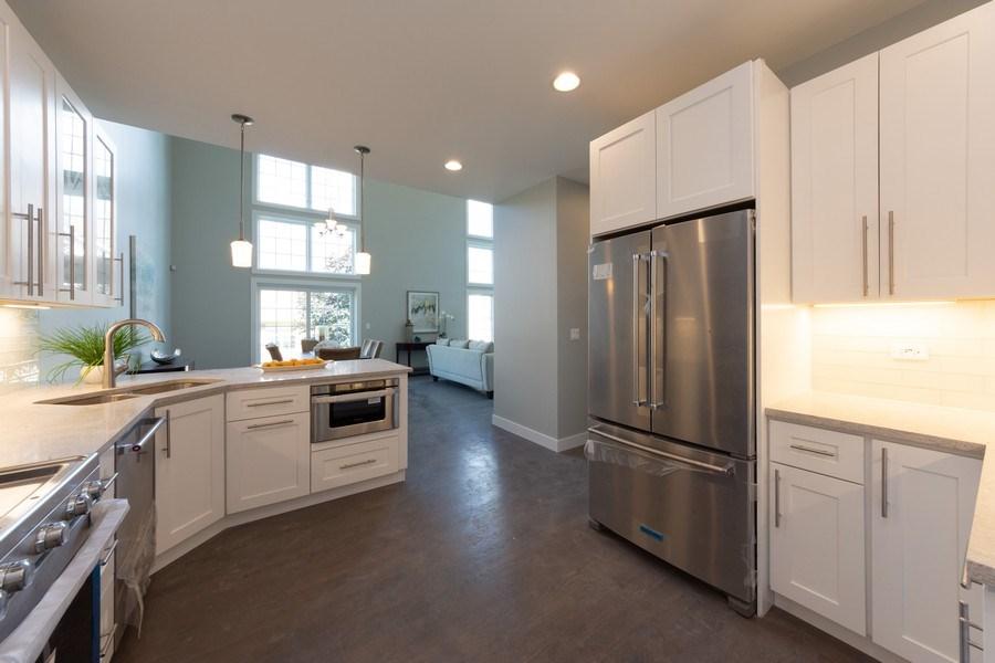 Real Estate Photography - 841, Maple, Palatine, IL, 60067 - Kitchen