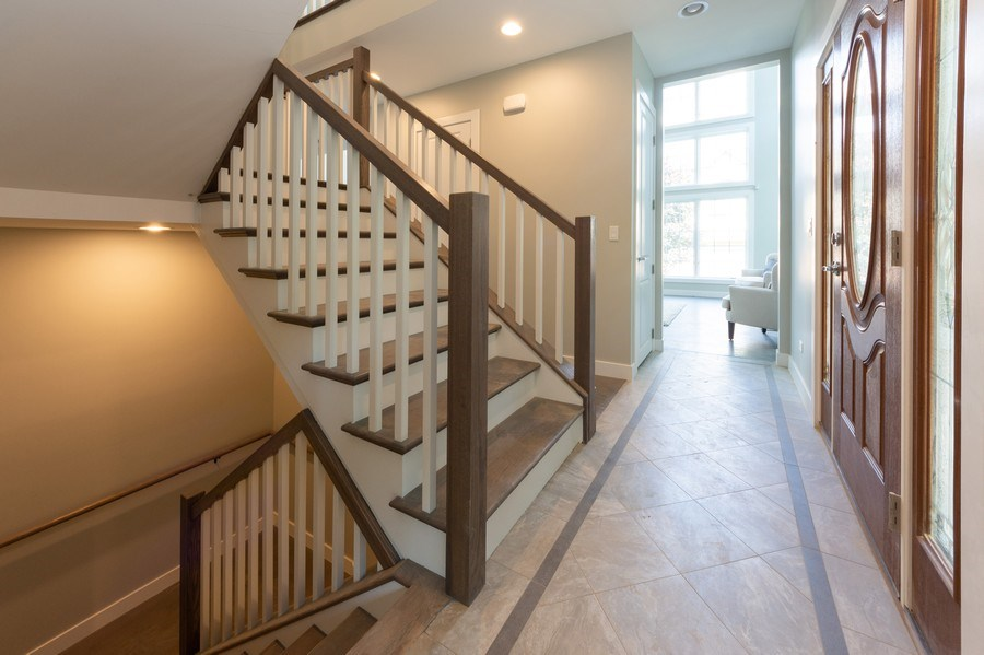 Real Estate Photography - 841, Maple, Palatine, IL, 60067 - Foyer