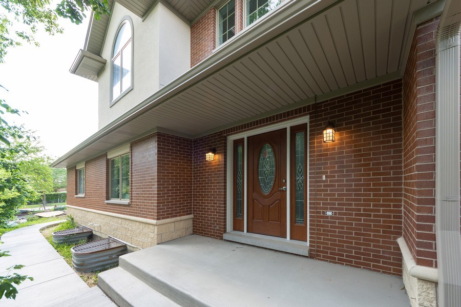 Real Estate Photography - 841, Maple, Palatine, IL, 60067 - Entryway