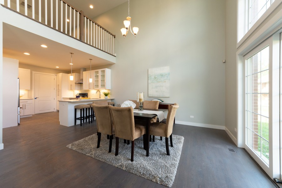 Real Estate Photography - 841, Maple, Palatine, IL, 60067 - Kitchen / Dining Room