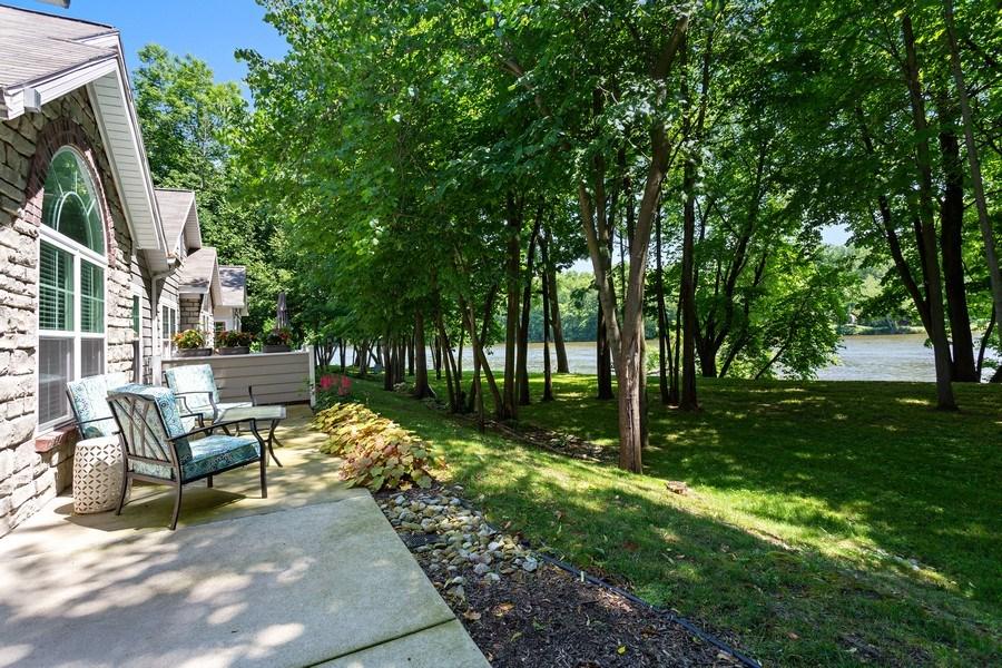 Real Estate Photography - 3072 Riverview Lane, Benton Harbor, MI, 49022 - Front View
