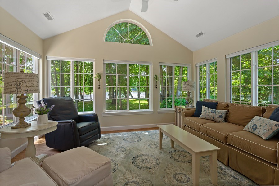 Real Estate Photography - 3072 Riverview Lane, Benton Harbor, MI, 49022 - Sun Room