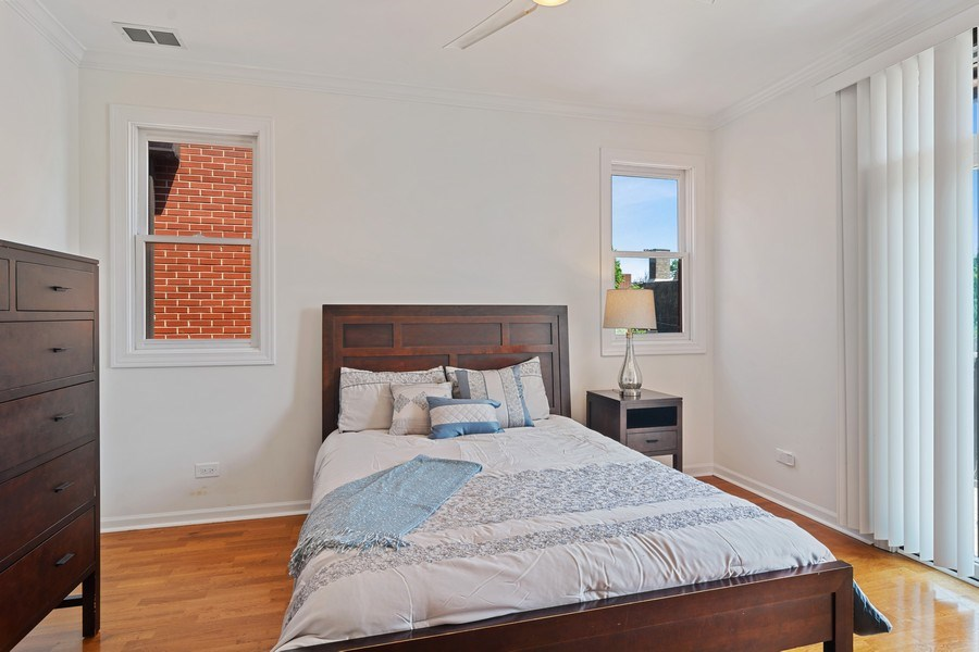 Real Estate Photography - 1123 W Altgeld St, Unit C, Chicago, IL, 60614 - Master Bedroom