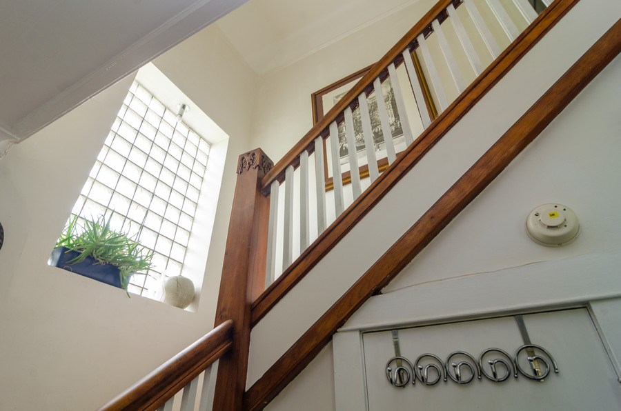 Real Estate Photography - 4900 N Glenwood Ave, Chicago, IL, 60640 - Staircase