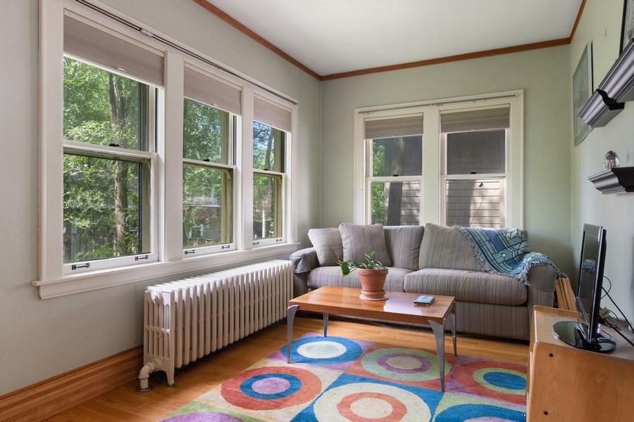 Real Estate Photography - 3032 Park Pl, Evanston, IL, 60201 - Family Room