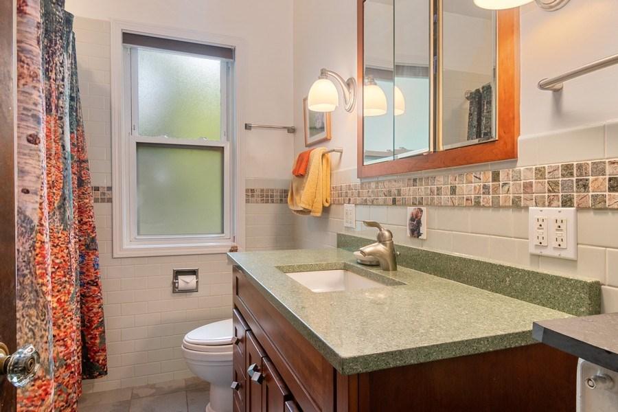 Real Estate Photography - 3032 Park Pl, Evanston, IL, 60201 - Bathroom