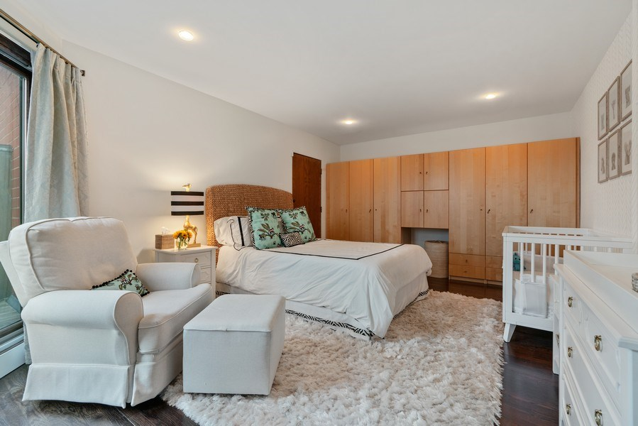 Real Estate Photography - 815 W Altgeld, Unit 2N, Chicago, IL, 60614 - 2nd Bedroom