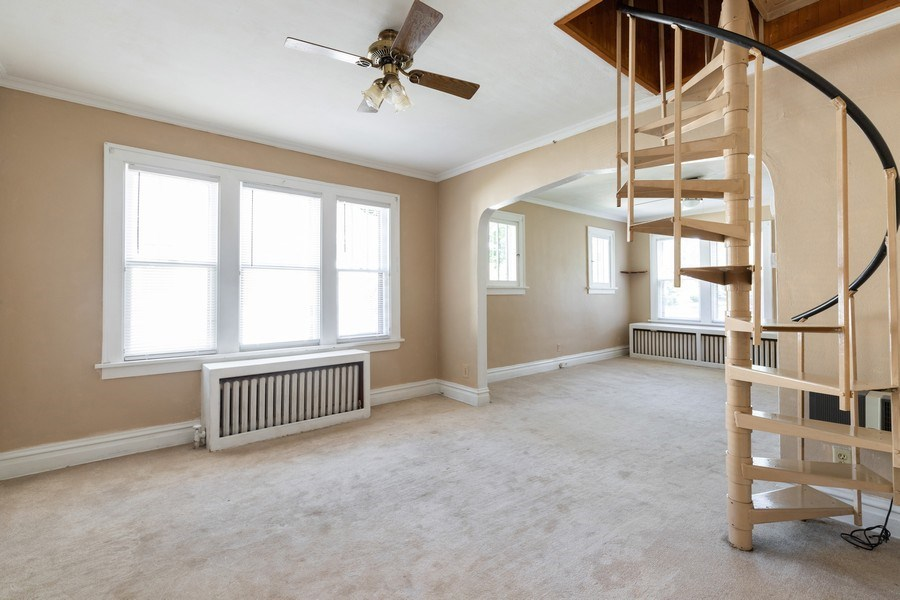 Real Estate Photography - 1624 Hyde Park Ave, Waukegan, IL, 60085 - Dining Room