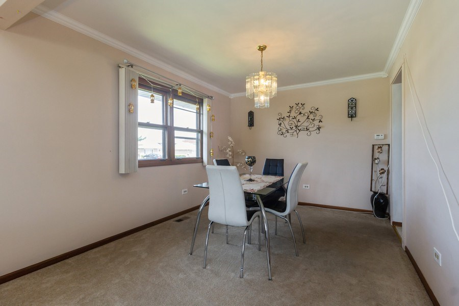 Real Estate Photography - 1830 Nottingham, Tinley Park, IL, 60477 - Dining Room