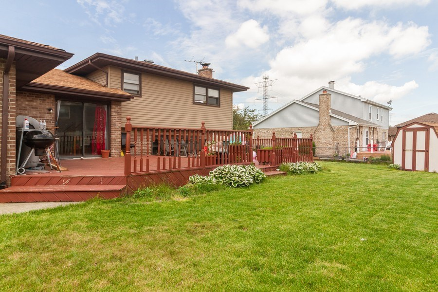 Real Estate Photography - 1830 Nottingham, Tinley Park, IL, 60477 - Rear View