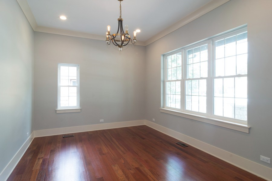 Real Estate Photography - 915 E Euclid Ave, Arlington Heights, IL, 60004 - Dining Room