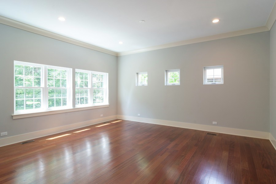 Real Estate Photography - 915 E Euclid Ave, Arlington Heights, IL, 60004 - Family Room