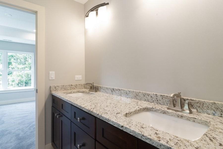 Real Estate Photography - 915 E Euclid Ave, Arlington Heights, IL, 60004 - Bathroom
