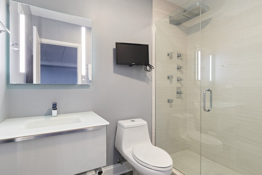 Real Estate Photography - 1375 Kensington Ct, Glenview, IL, 60025 - 3rd Bathroom