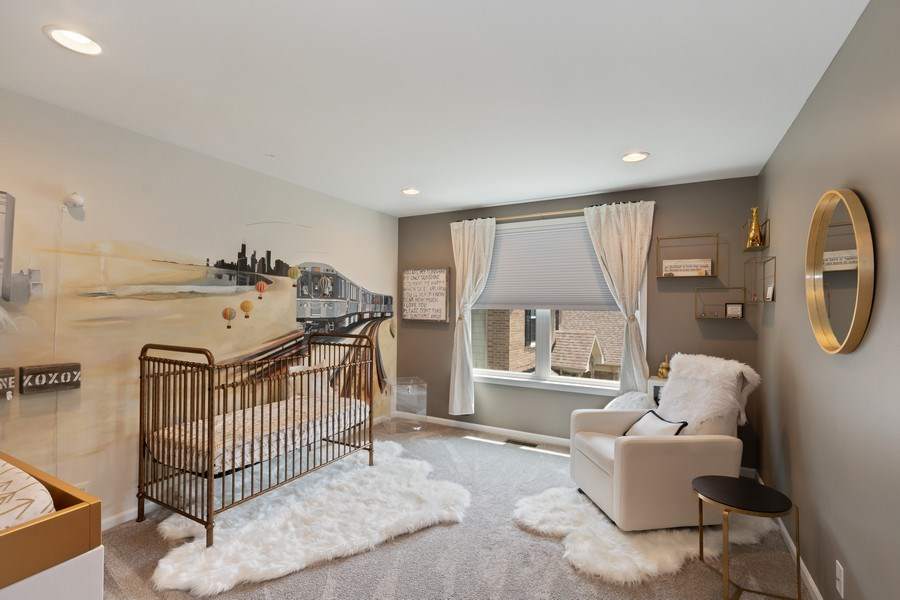 Real Estate Photography - 1375 Kensington Ct, Glenview, IL, 60025 - 2nd Bedroom