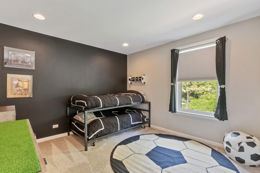 Real Estate Photography - 1375 Kensington Ct, Glenview, IL, 60025 - Bedroom