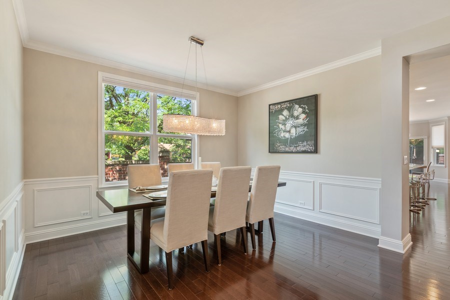 Real Estate Photography - 1375 Kensington Ct, Glenview, IL, 60025 - Dining Room
