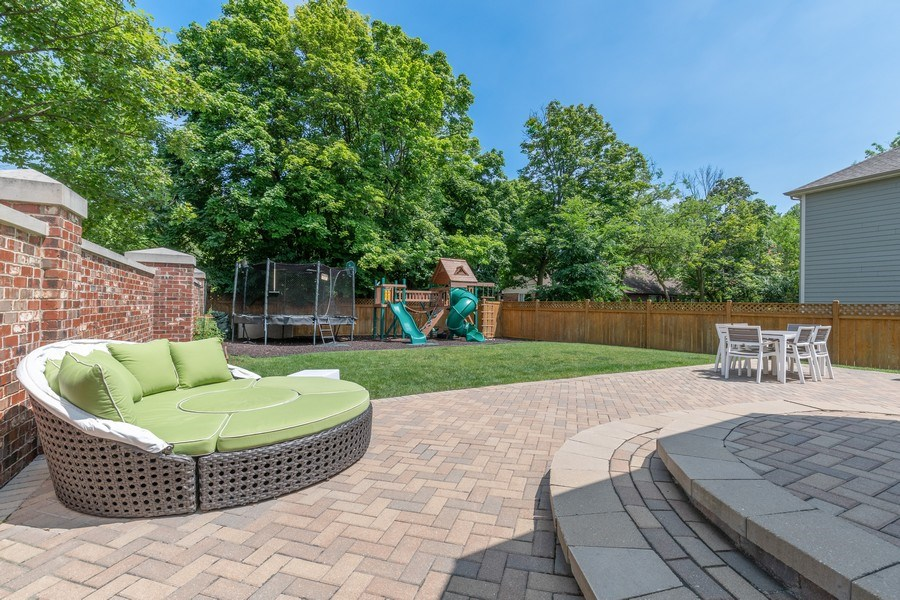 Real Estate Photography - 1375 Kensington Ct, Glenview, IL, 60025 - Patio