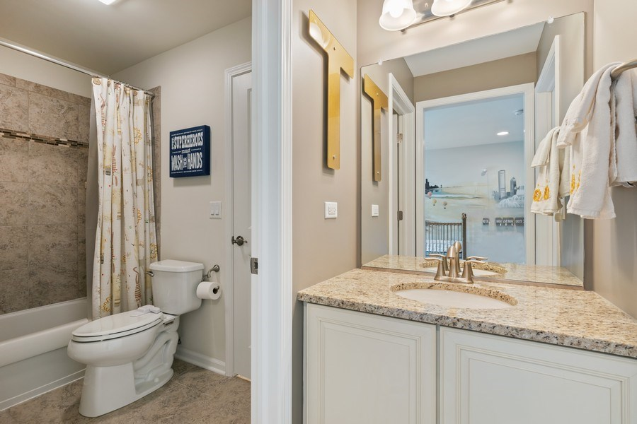 Real Estate Photography - 1375 Kensington Ct, Glenview, IL, 60025 - 2nd Bathroom