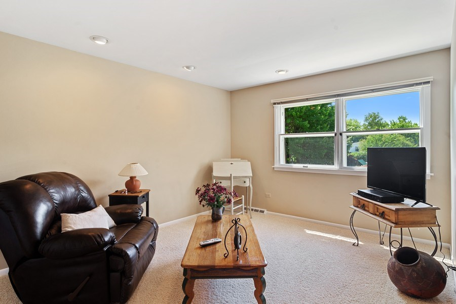 Real Estate Photography - 3623 Keenan Lane, Glenview, IL, 60025 - 3rd Bedroom