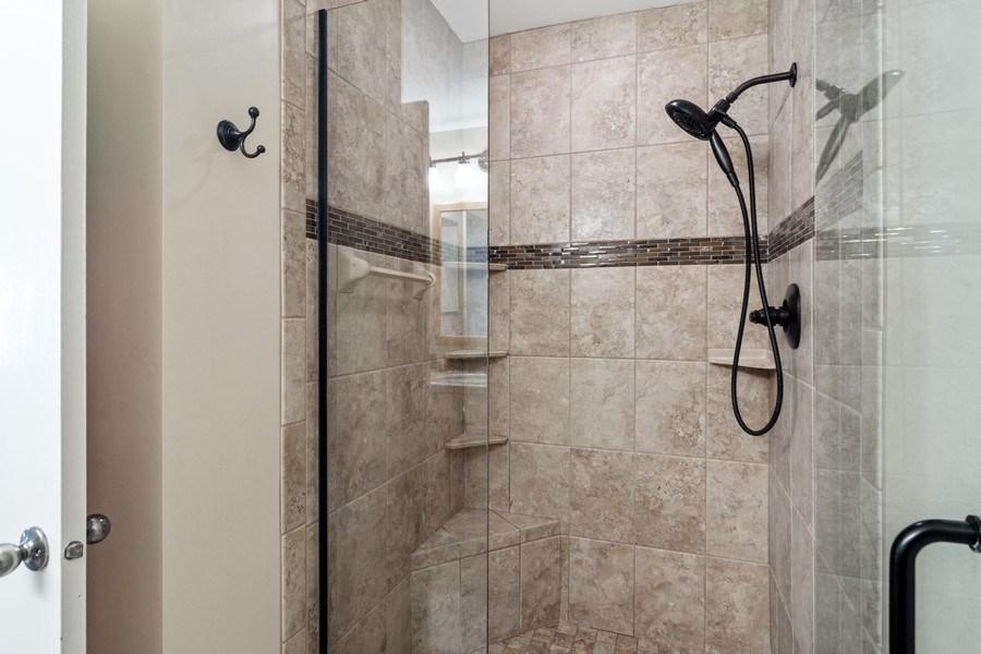 Real Estate Photography - 3623 Keenan Lane, Glenview, IL, 60025 - Master Bathroom