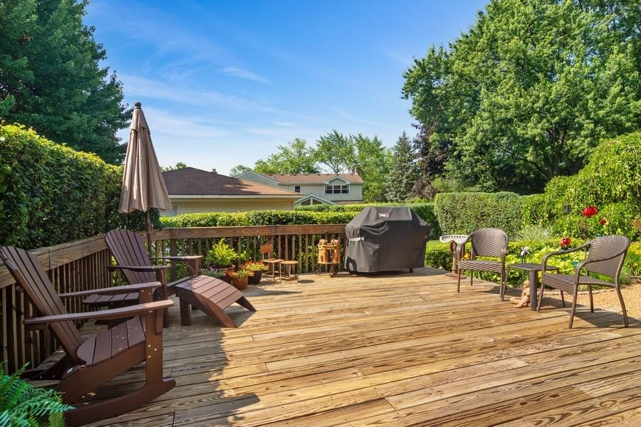 Real Estate Photography - 3623 Keenan Lane, Glenview, IL, 60025 - Deck