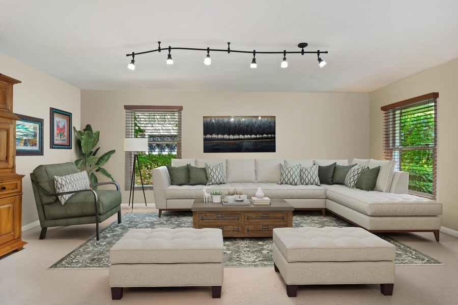 Real Estate Photography - 3623 Keenan Lane, Glenview, IL, 60025 - Living Room