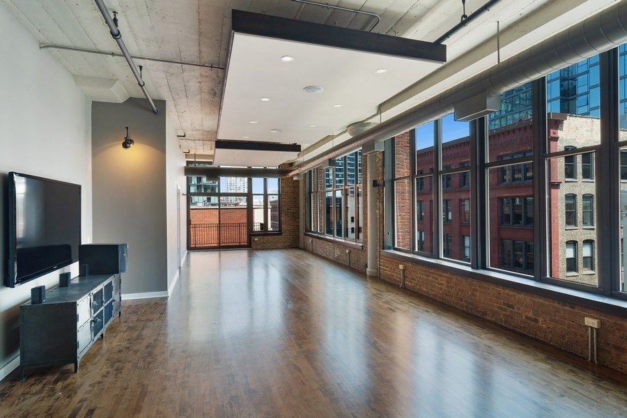 Real Estate Photography - 333 W Hubbard #510, Chicago, IL, 60654 - Living Room / Dining Room