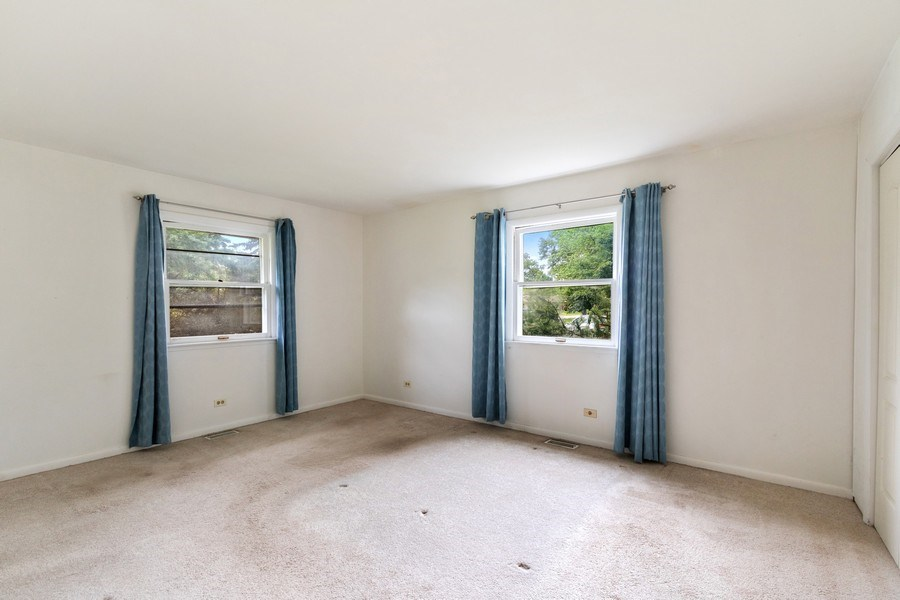 Real Estate Photography - 103 Wildwood Rd, Elk Grove Village, IL, 60007 - Master Bedroom